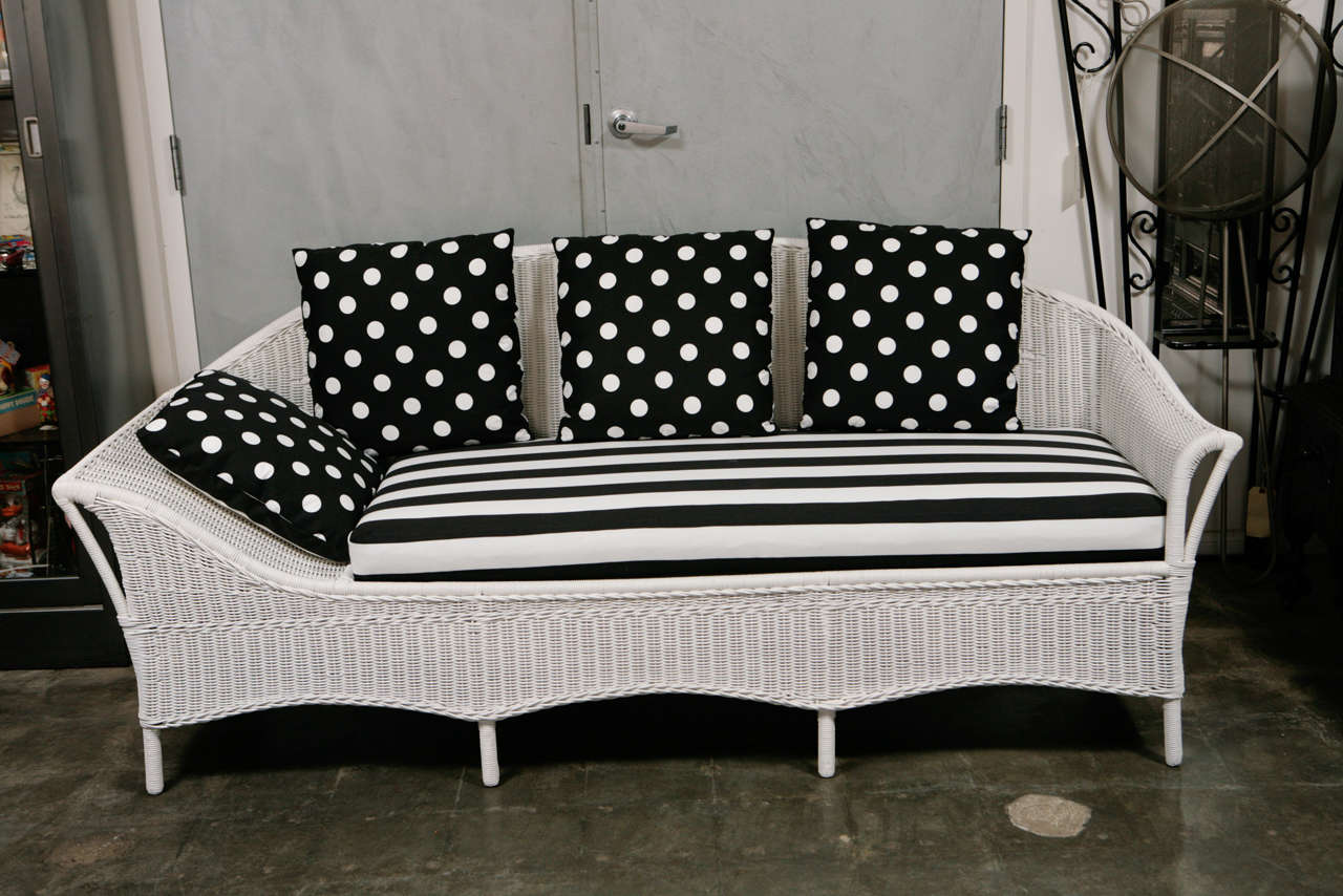 Deco wicker sofa day bed at 1stdibs for Wicker futon sofa bed