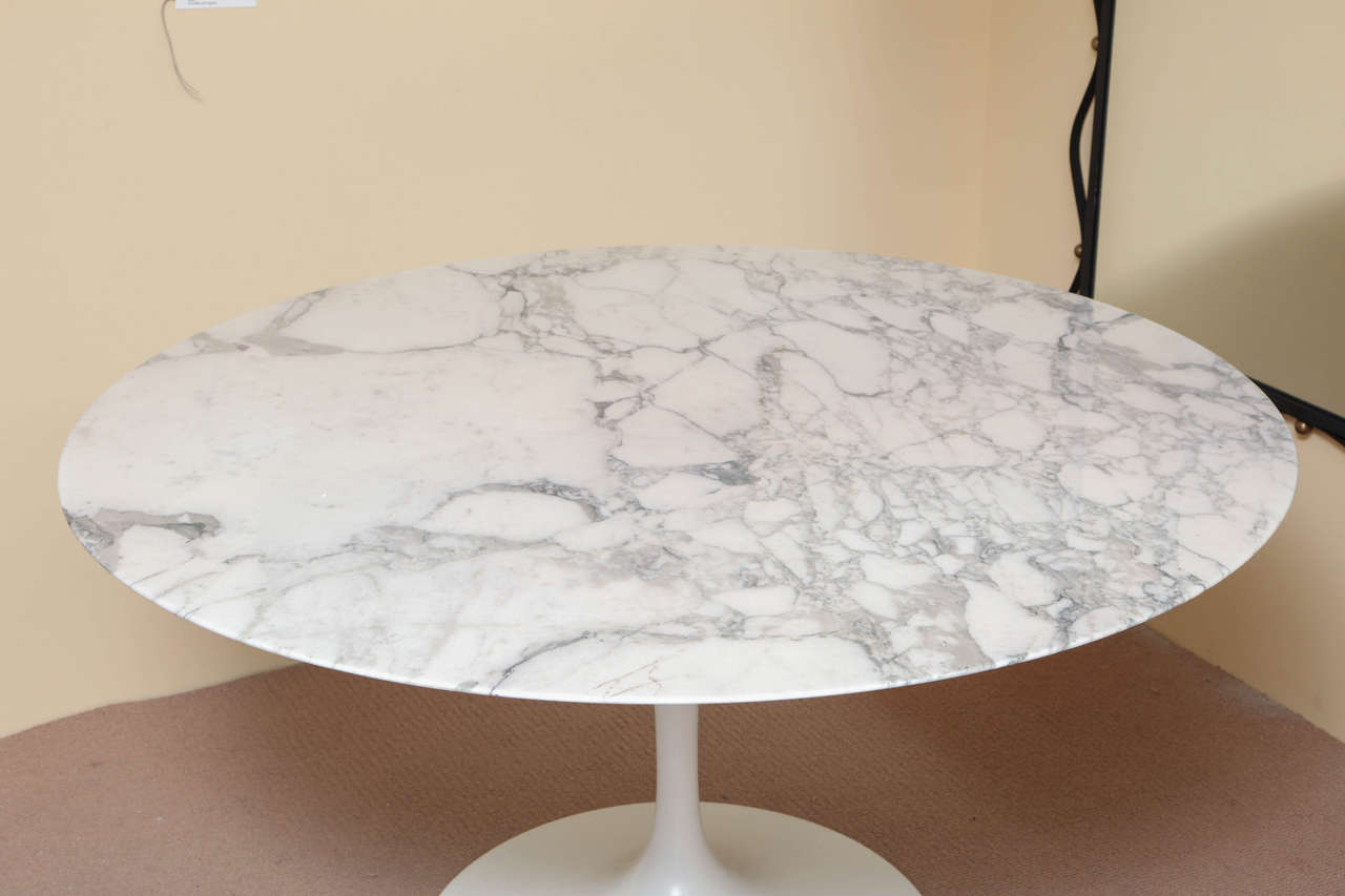 Round marble top saarinen dining table at 1stdibs - Marble dining table prices ...