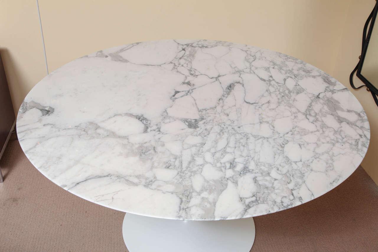 Round Marble Top Saarinen Dining Table at 1stdibs