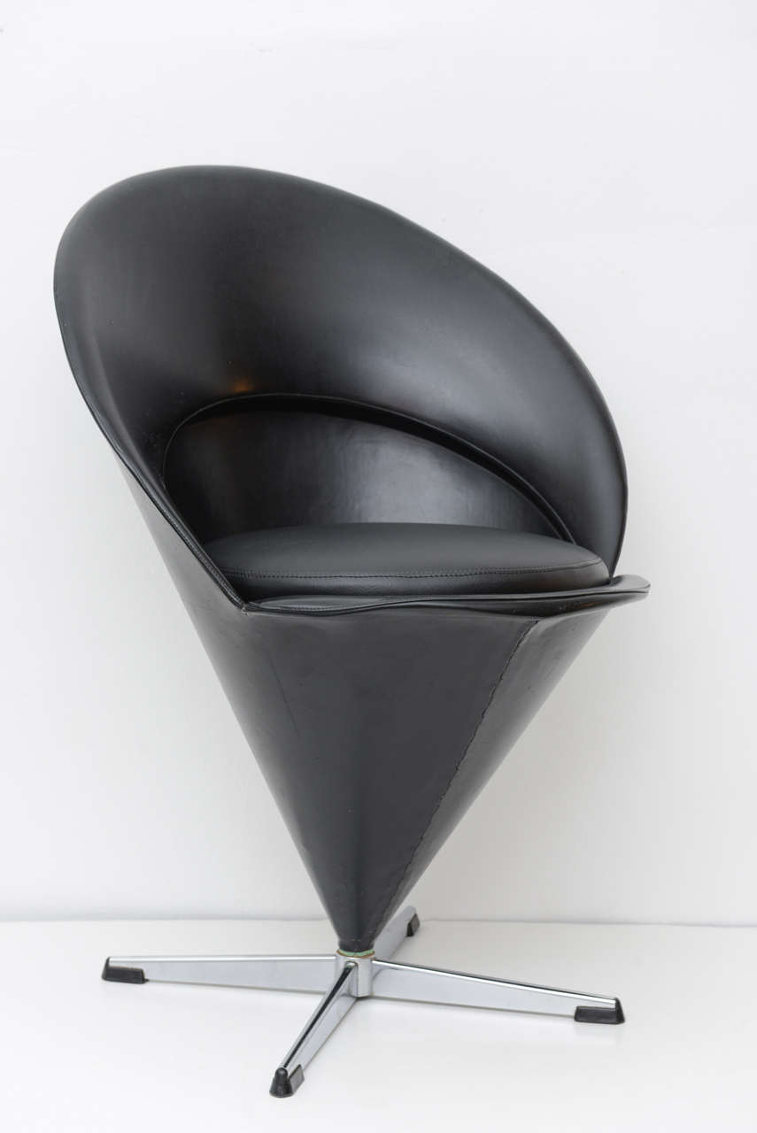 original mid century modern verner panton cone chairs for sale at 1stdibs. Black Bedroom Furniture Sets. Home Design Ideas