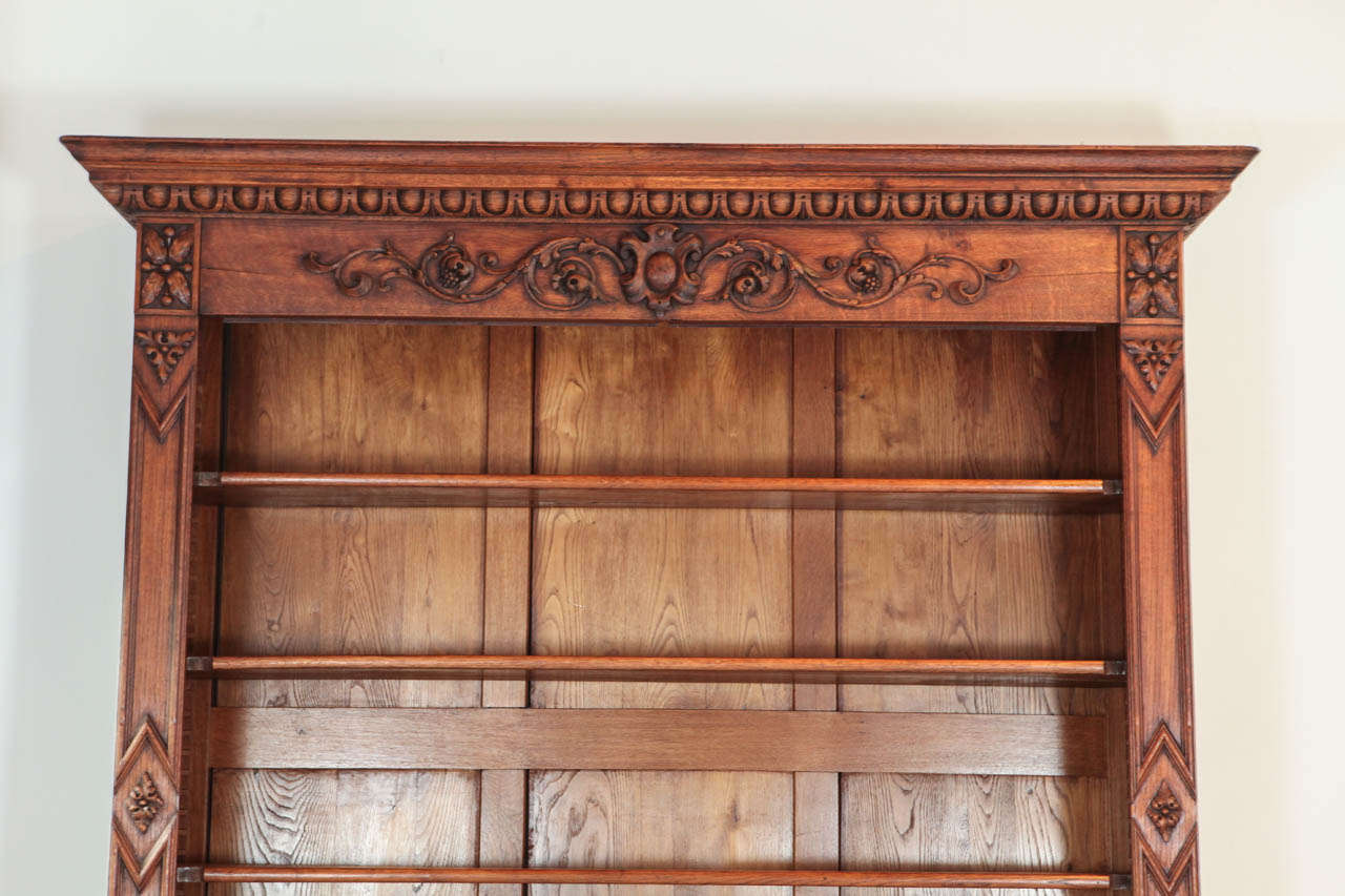 Large Scale Victorian Cabinet and Hutch In Good Condition For Sale In Los Angeles, CA