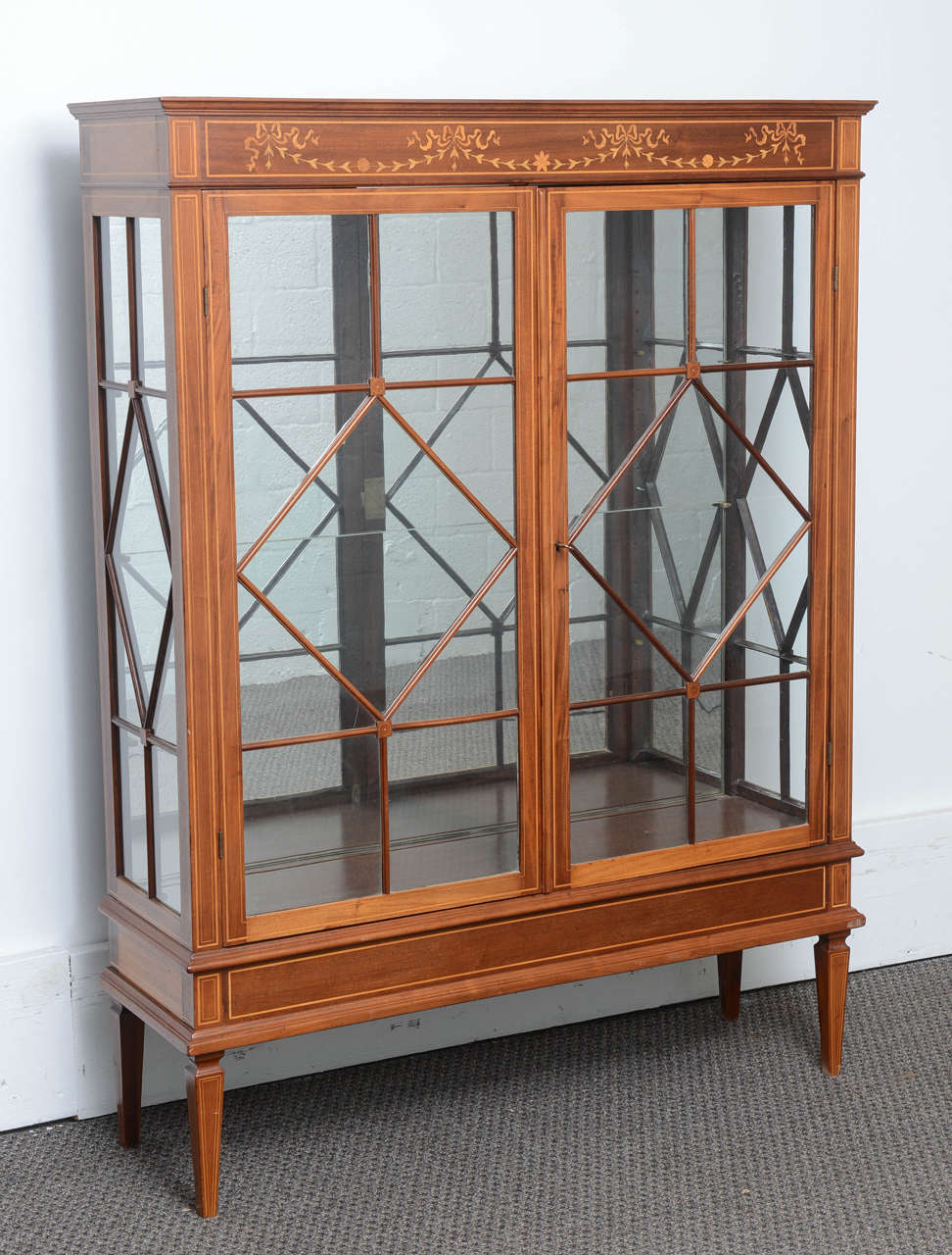 Antique Mahogany Display Cabinet Made In England Satinwood Inlay At