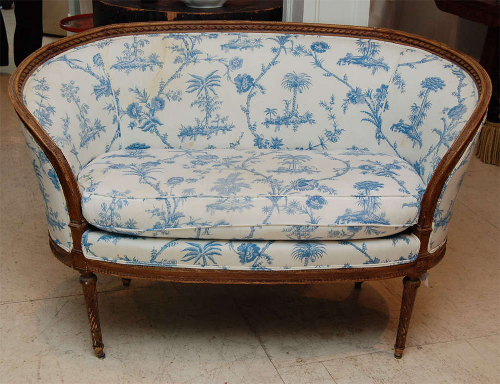 Louis xv style beechwood canape at 1stdibs for Canape style louis 15