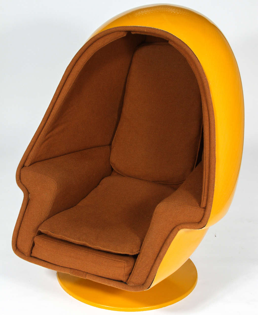 1970 Vintage Lee West Alpha Chamber Egg Pod Stereo Chair