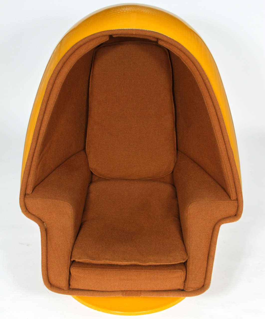 1970 vintage lee west alpha chamber egg pod stereo chair at 1stdibs. Black Bedroom Furniture Sets. Home Design Ideas