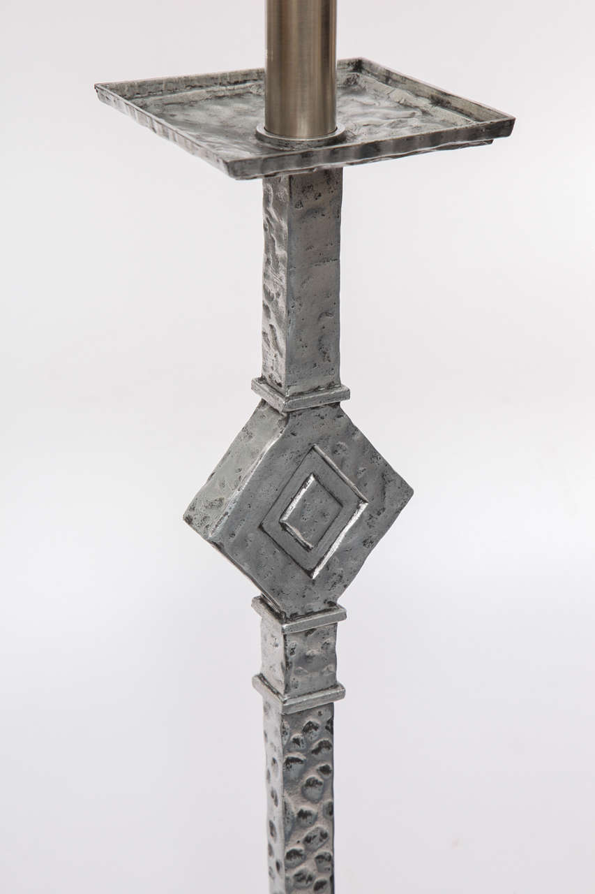 1930s Modernist Floor Lamp In Excellent Condition For Sale In New York, NY