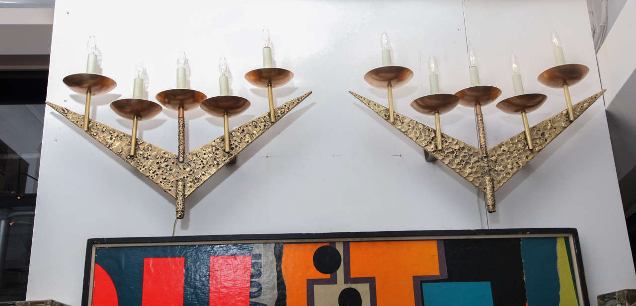 Pair of 1960s Modernist Sculptural Brass Wall Light Sconces For Sale 1