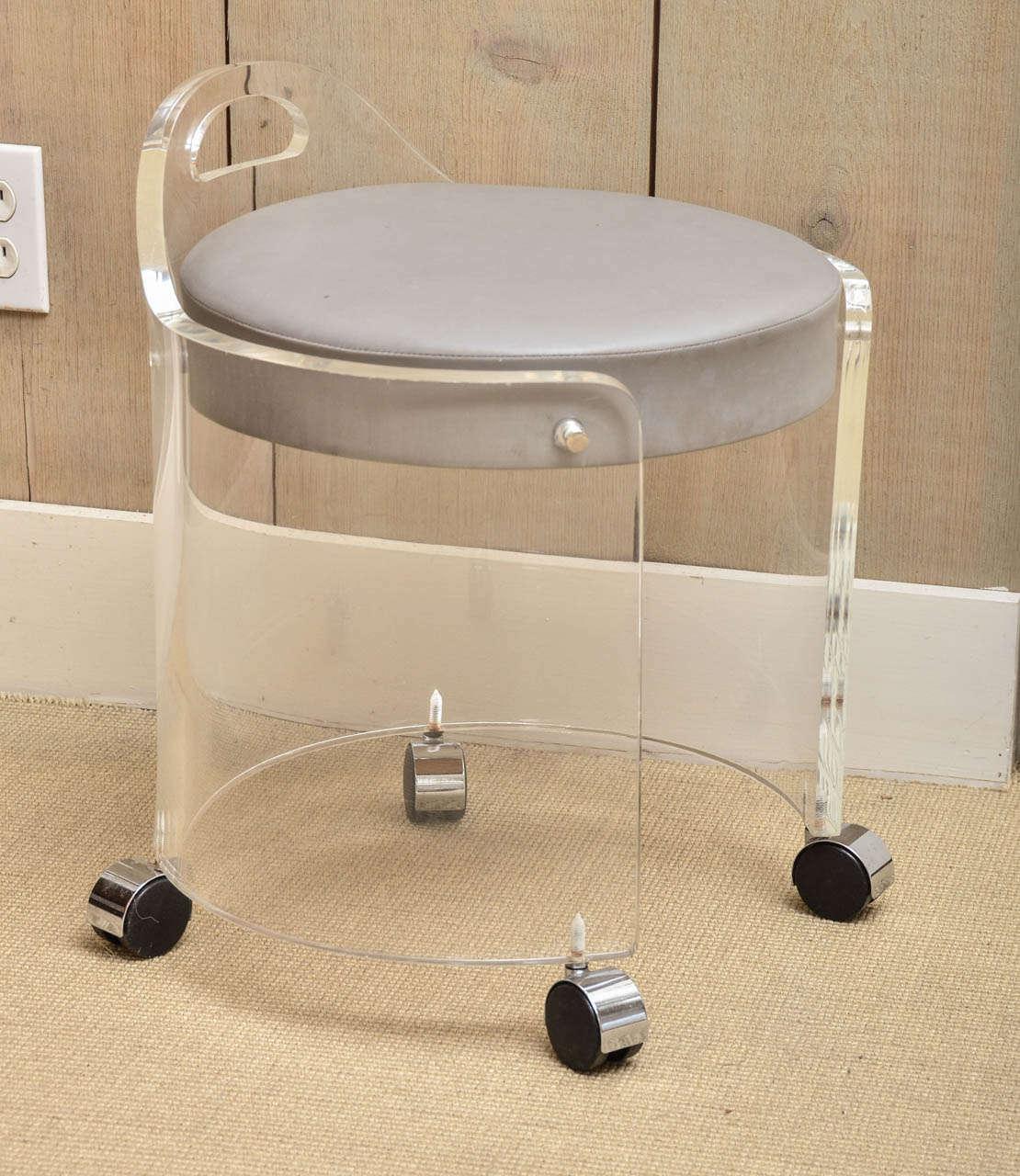Charles hollis jones vintage lucite vanity stool on casters at 1stdibs - Vanity chair with wheels ...