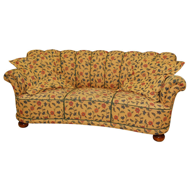 Floral sofa at 1stdibs for 80s floral couch