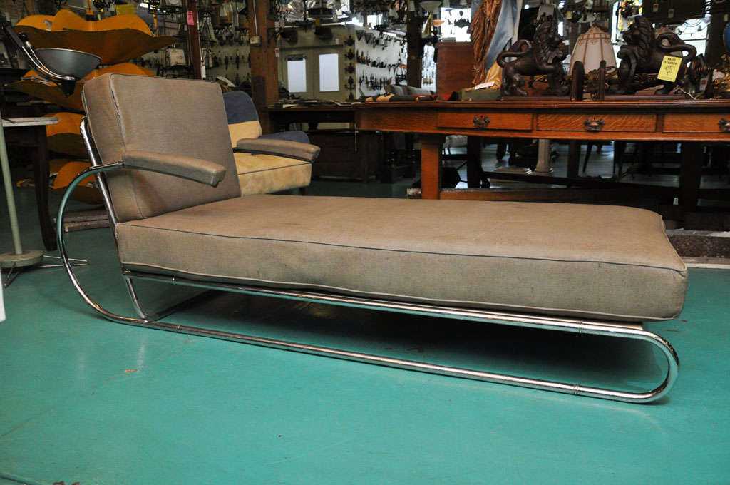 Art deco adjustable chrome chaise longue at 1stdibs for Art nouveau chaise longue