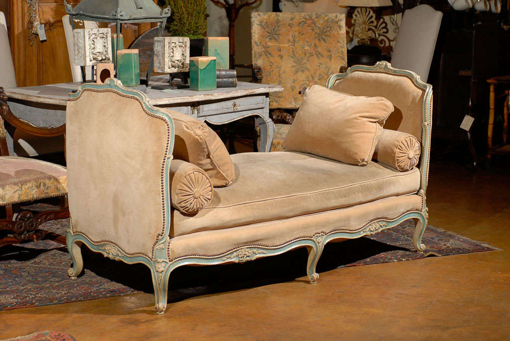 Elegant French Daybed image 3