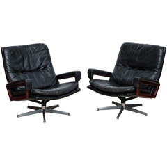 "Pair of ""King,"" Swivel Lounge Chairs by Andre Vandenbeuck"