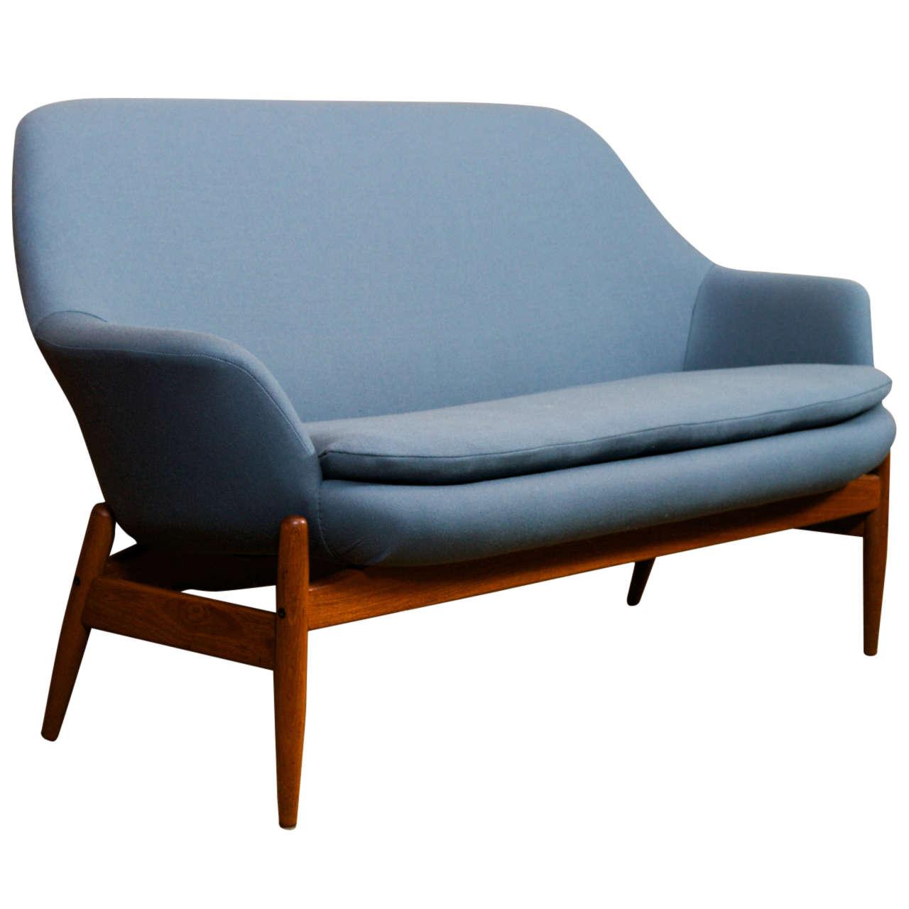 Xjpg for Danish modern settee