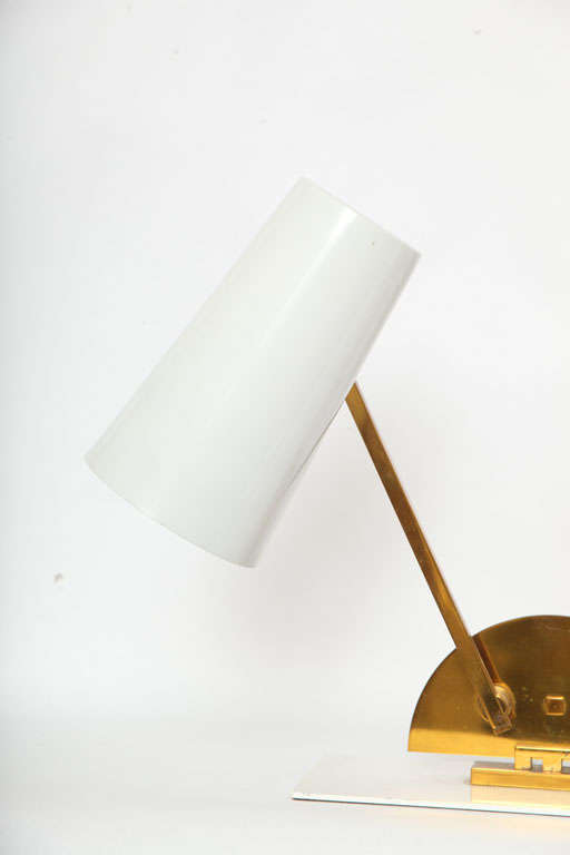 Mid-20th Century 1950s Italian Articulated Table Lamp For Sale