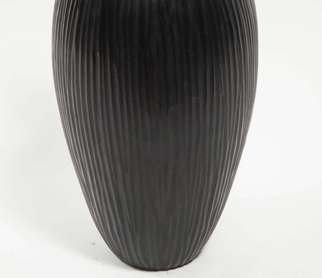 Italian Massimo Micheluzzi Black Murano Glass Vase, Hand Blown and Battuto Cut, 2002 For Sale