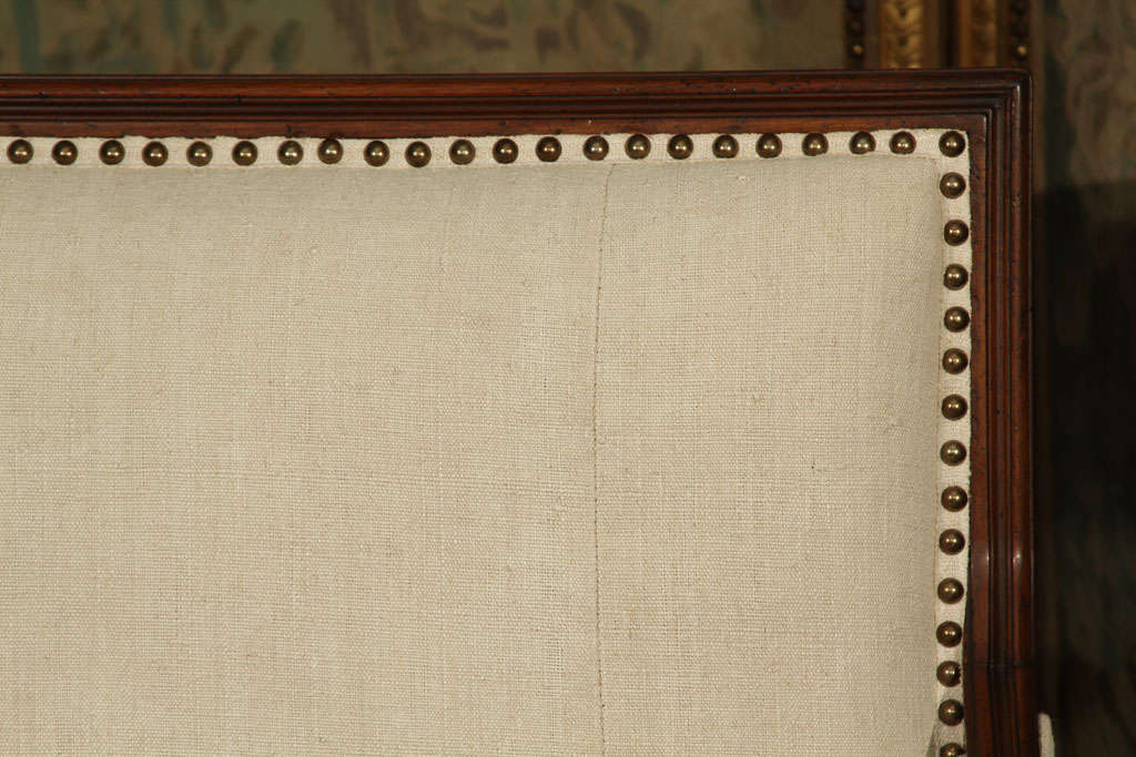 French Linen Loveseat In Excellent Condition For Sale In Seattle, WA