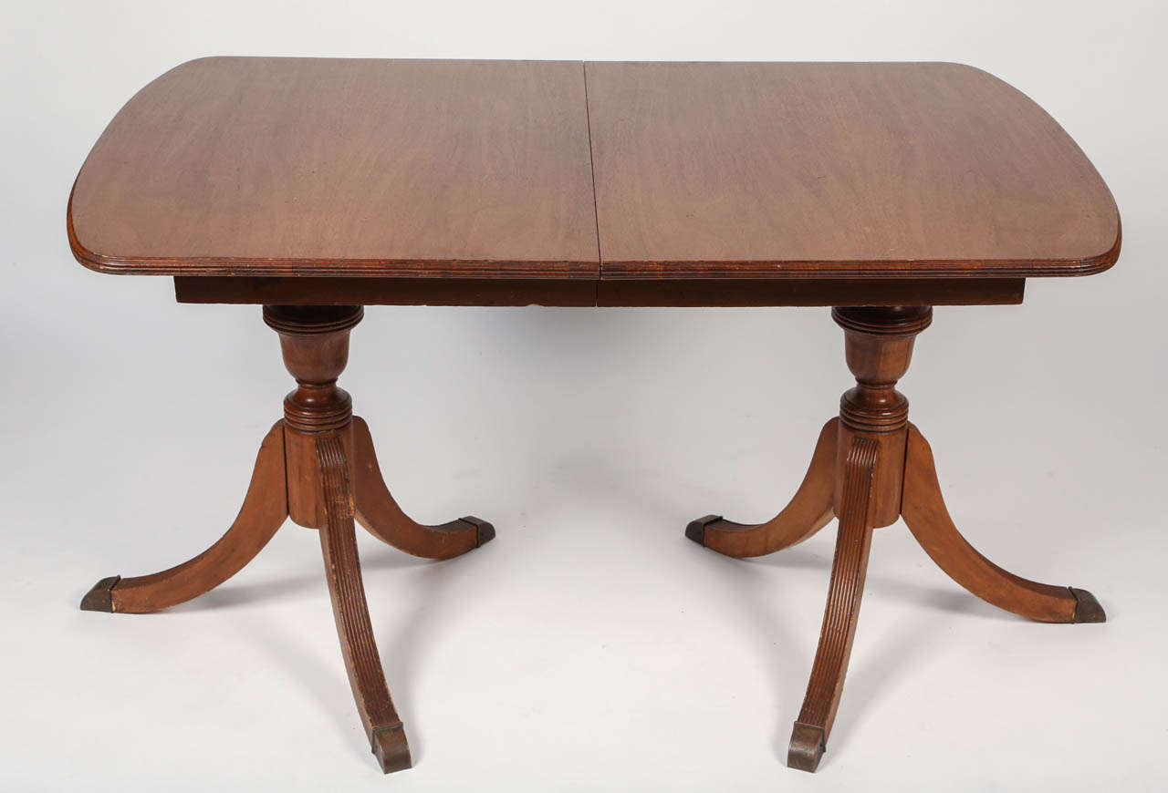 Classic Duncan Phyfe Style Dining Table In A Beautiful Mahogany. It Has A  Double Pedestal
