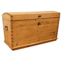 Dome-top Trunk