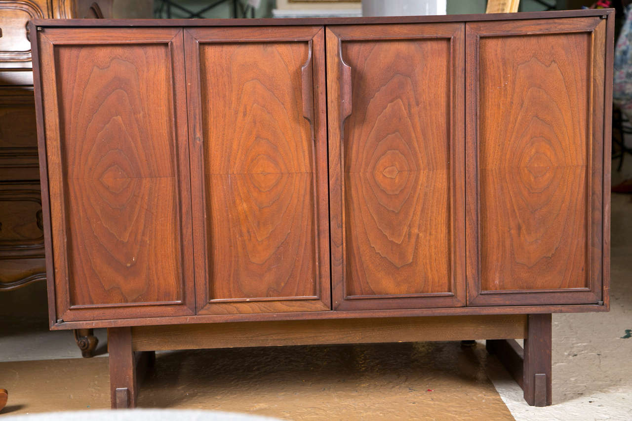 pair of mid century modern chests by rn richardson bros at 1stdibs