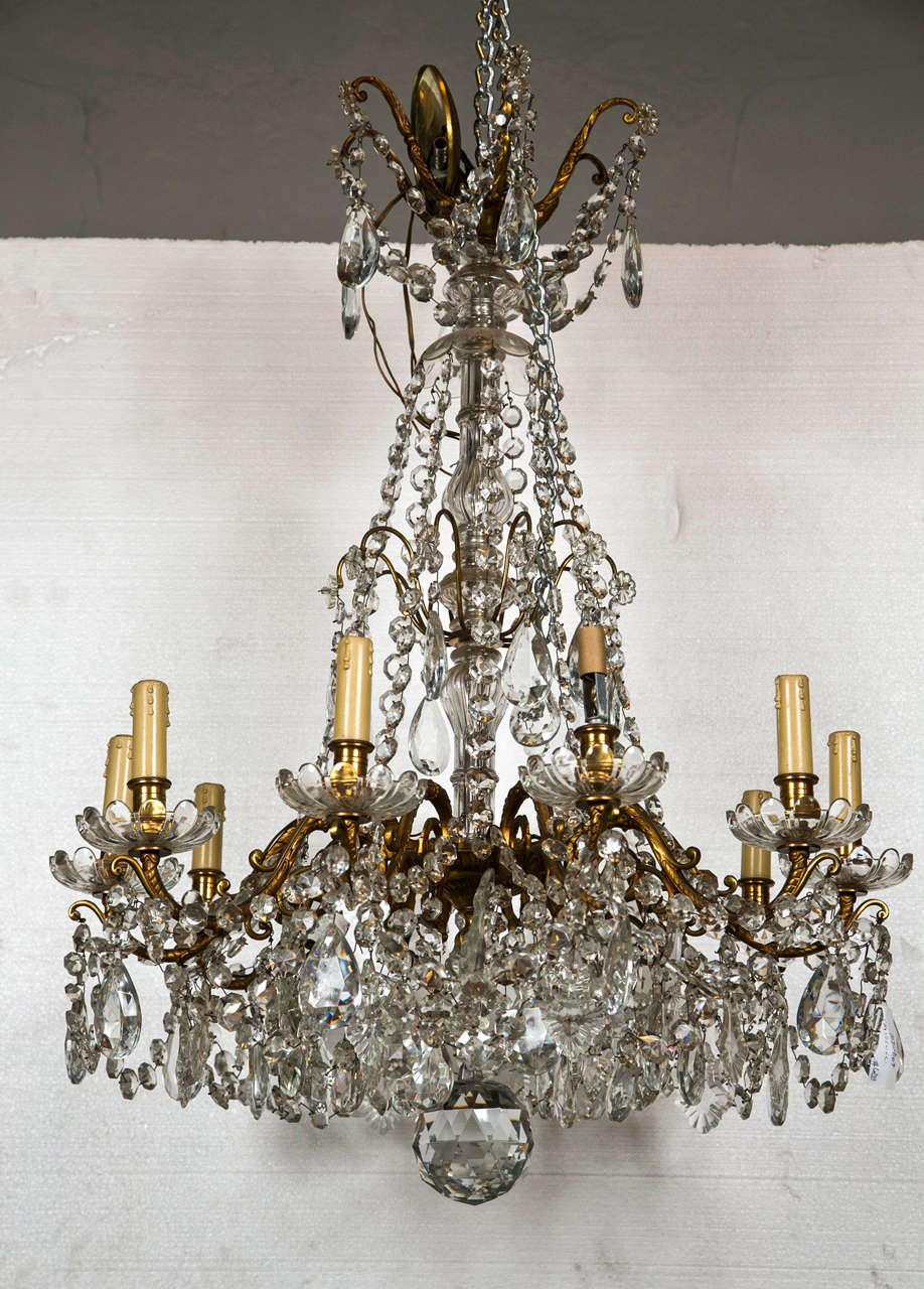 Bronze and Crystal Georgian Style Chandelier. For Sale 4