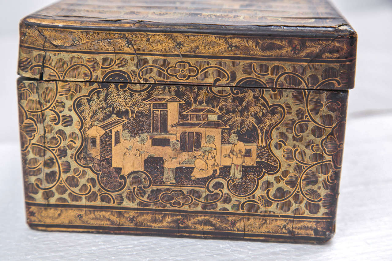19th Century Chinoiserie Antique Humidor Jewelry Box For Sale 4