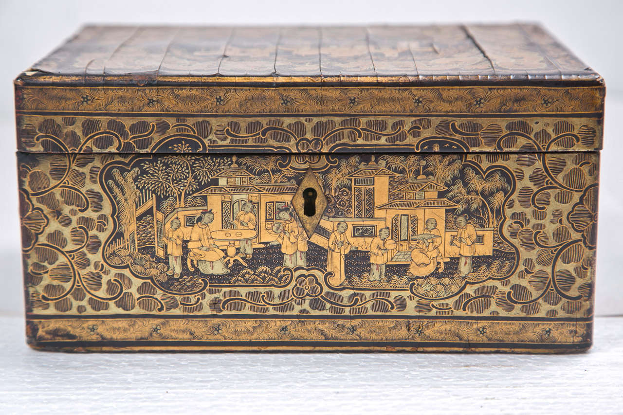 19th Century Chinoiserie Antique Humidor Jewelry Box For Sale 6