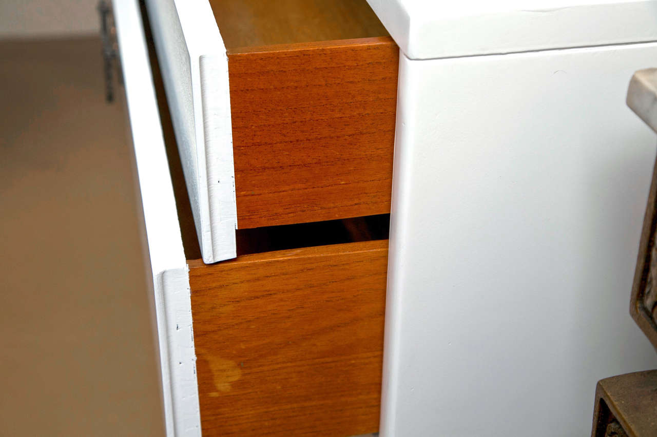 Bachelor Chest/Commode 7