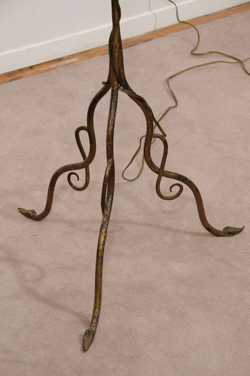 art nouveau floor lamp with floral motif at 1stdibs. Black Bedroom Furniture Sets. Home Design Ideas