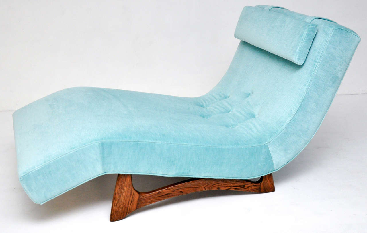 Wave chaise by Adrian Pearsall. Fully restored and reupholstered.