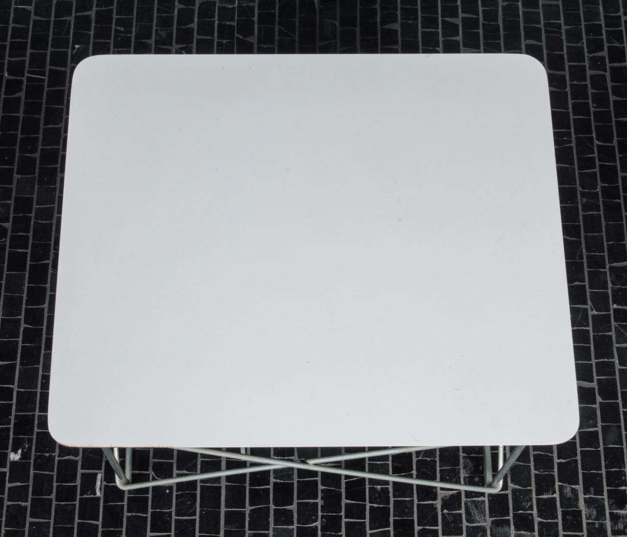 Charles eames ltr in white laminate and zinc at 1stdibs for Zinc laminate