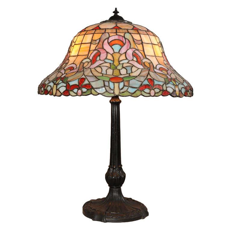antique leaded glass table lamp at 1stdibs. Black Bedroom Furniture Sets. Home Design Ideas