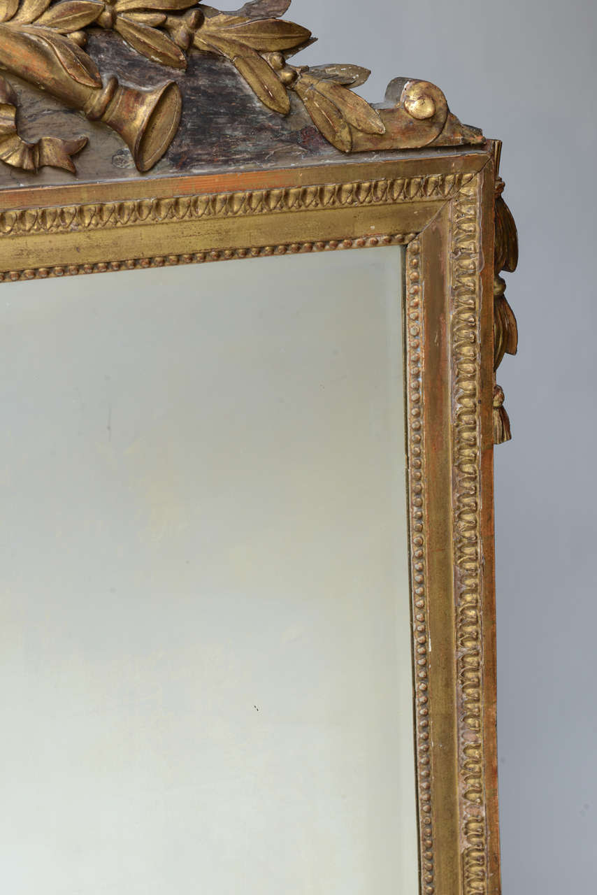 Louis XVI Neoclassical Giltwood Mirror In Good Condition For Sale In West Palm Beach, FL