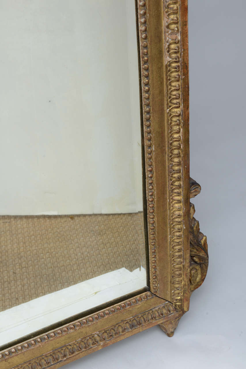 Louis XVI Neoclassical Giltwood Mirror For Sale 2