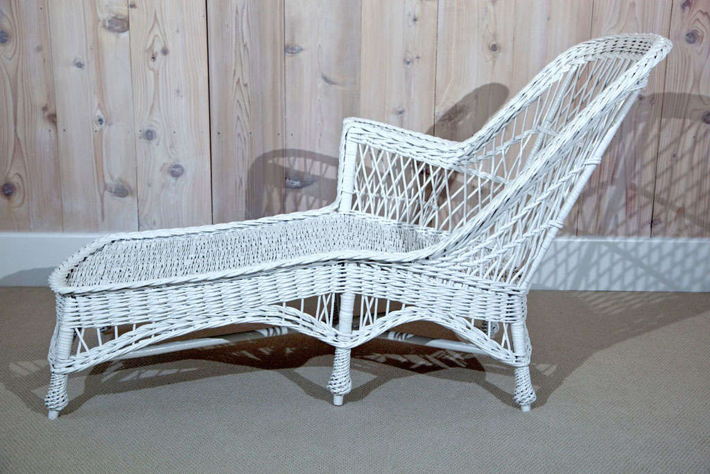 antique wicker chaise longue at 1stdibs. Black Bedroom Furniture Sets. Home Design Ideas