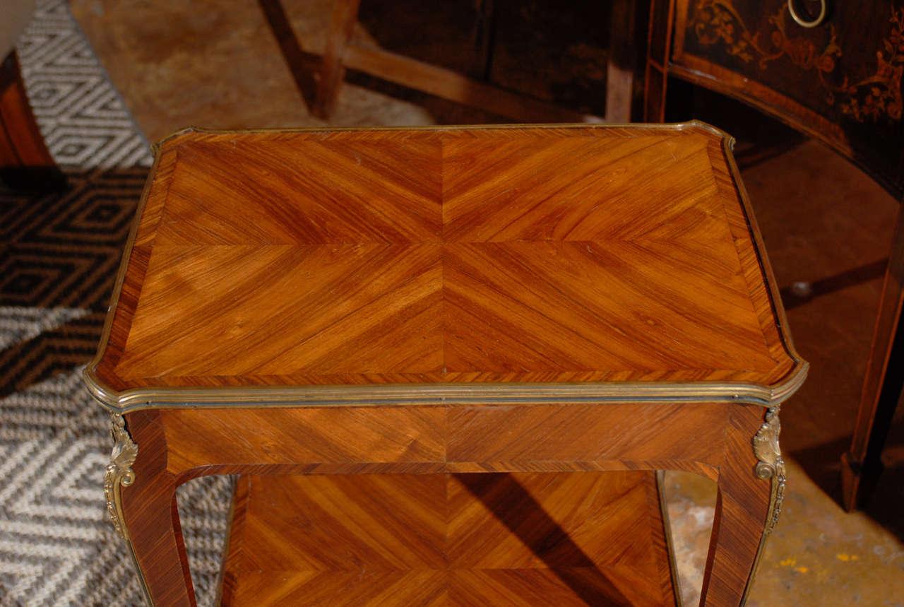 Louis xv salon table at 1stdibs for Salon louis xv