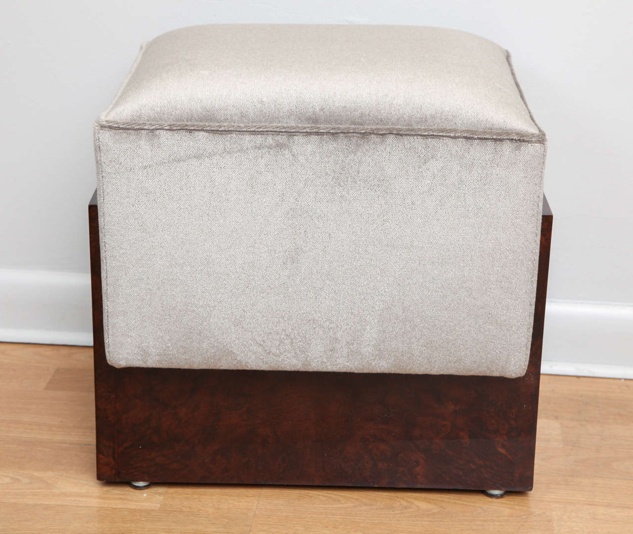 art deco pouf foot stool at 1stdibs. Black Bedroom Furniture Sets. Home Design Ideas