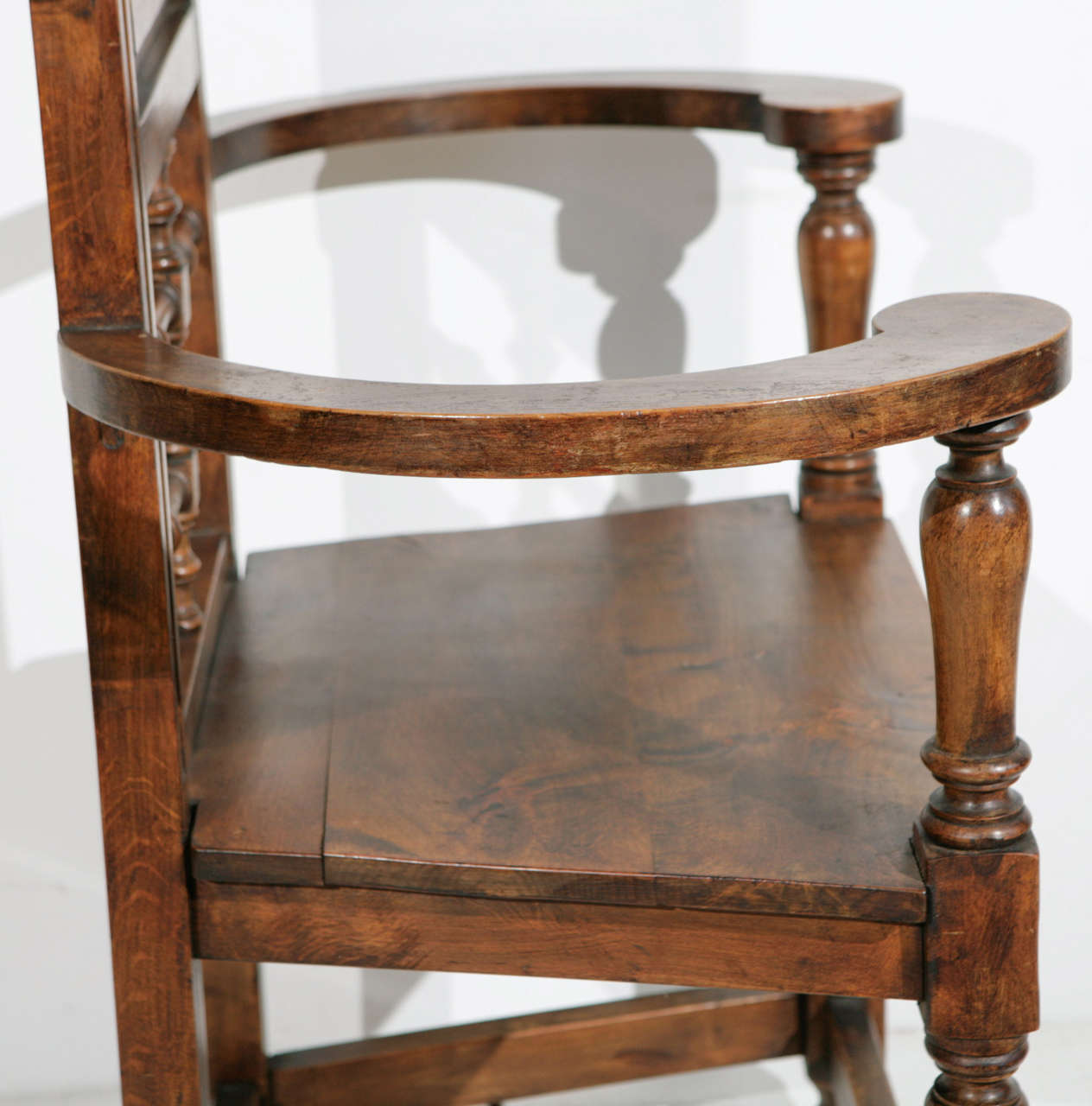 High Back Pine Throne Dining Arm Chair at 1stdibs : MG4513 from www.1stdibs.com size 1264 x 1280 jpeg 110kB
