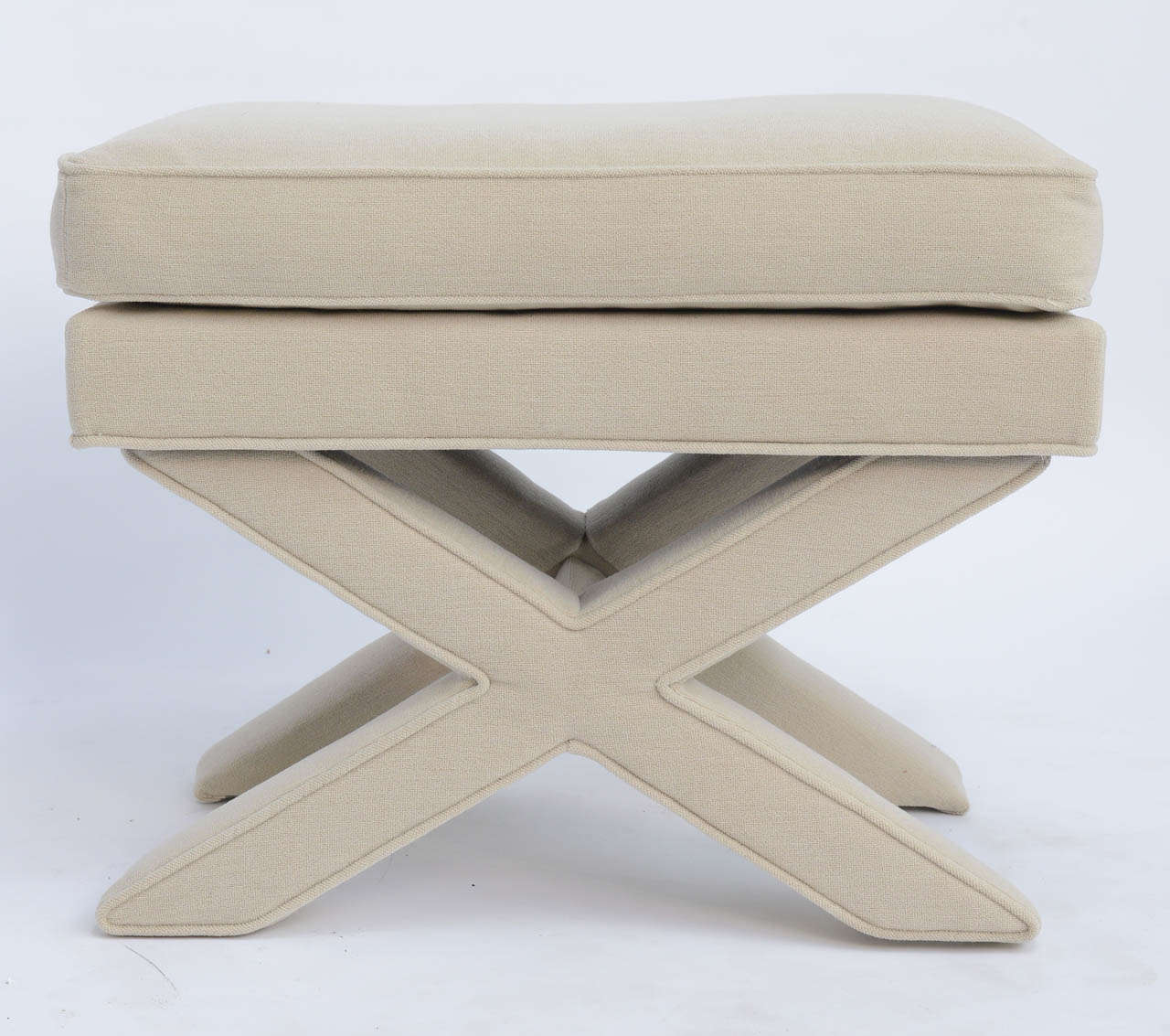 Mid-Century Modern Billy Baldwin Style Upholstered X-Bench For Sale