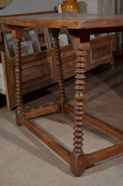18th Century and Earlier 18th Century Spanish Walnut Table For Sale