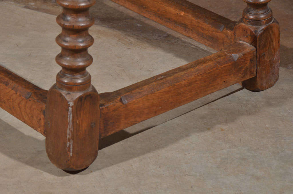 Wood 18th Century Spanish Walnut Table For Sale
