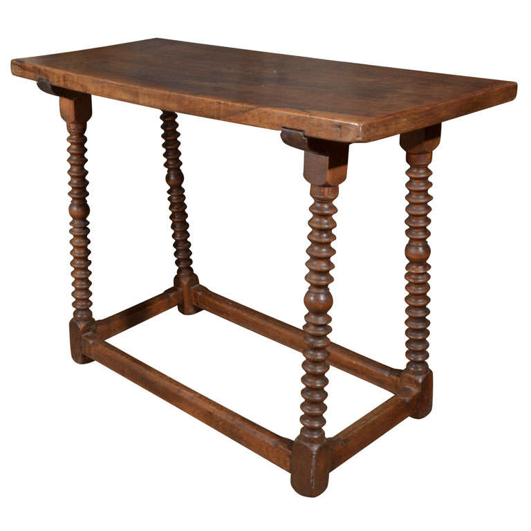 18th Century Spanish Walnut Table For Sale