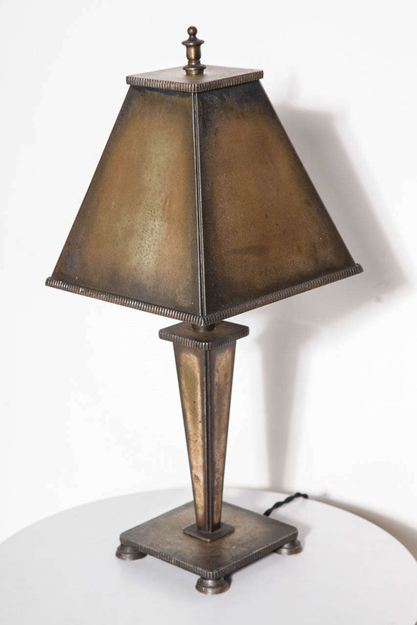 arts and crafts all bronze table lamp circa 1925 for sale at 1stdibs. Black Bedroom Furniture Sets. Home Design Ideas