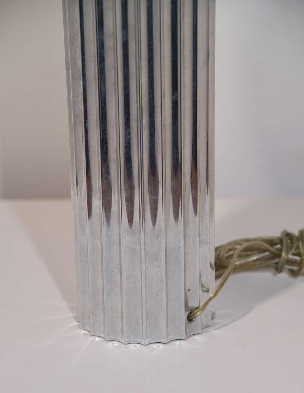 Machine Age Art Deco Pair Von Nessen, Nessen Studio Fluted Chrome Table Lamps For Sale 1