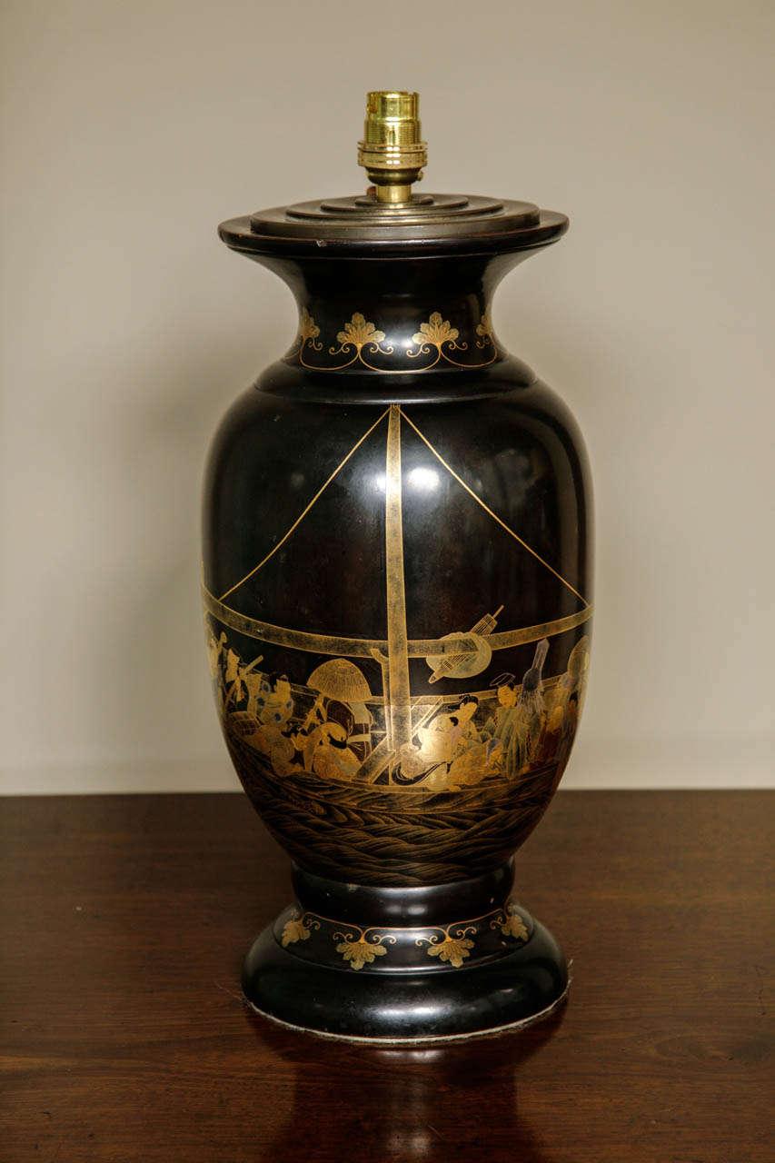 Large Japanese Black Lacquer Table Lamp, Meiji 2