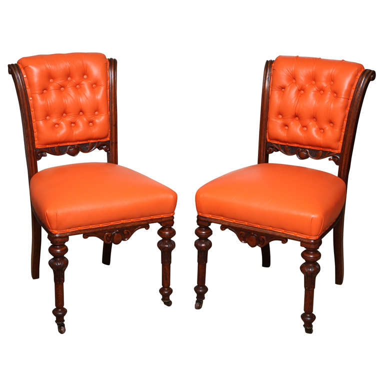 Exceptionnel A Pair Of Mahogany Regency Side Chairs On Casters