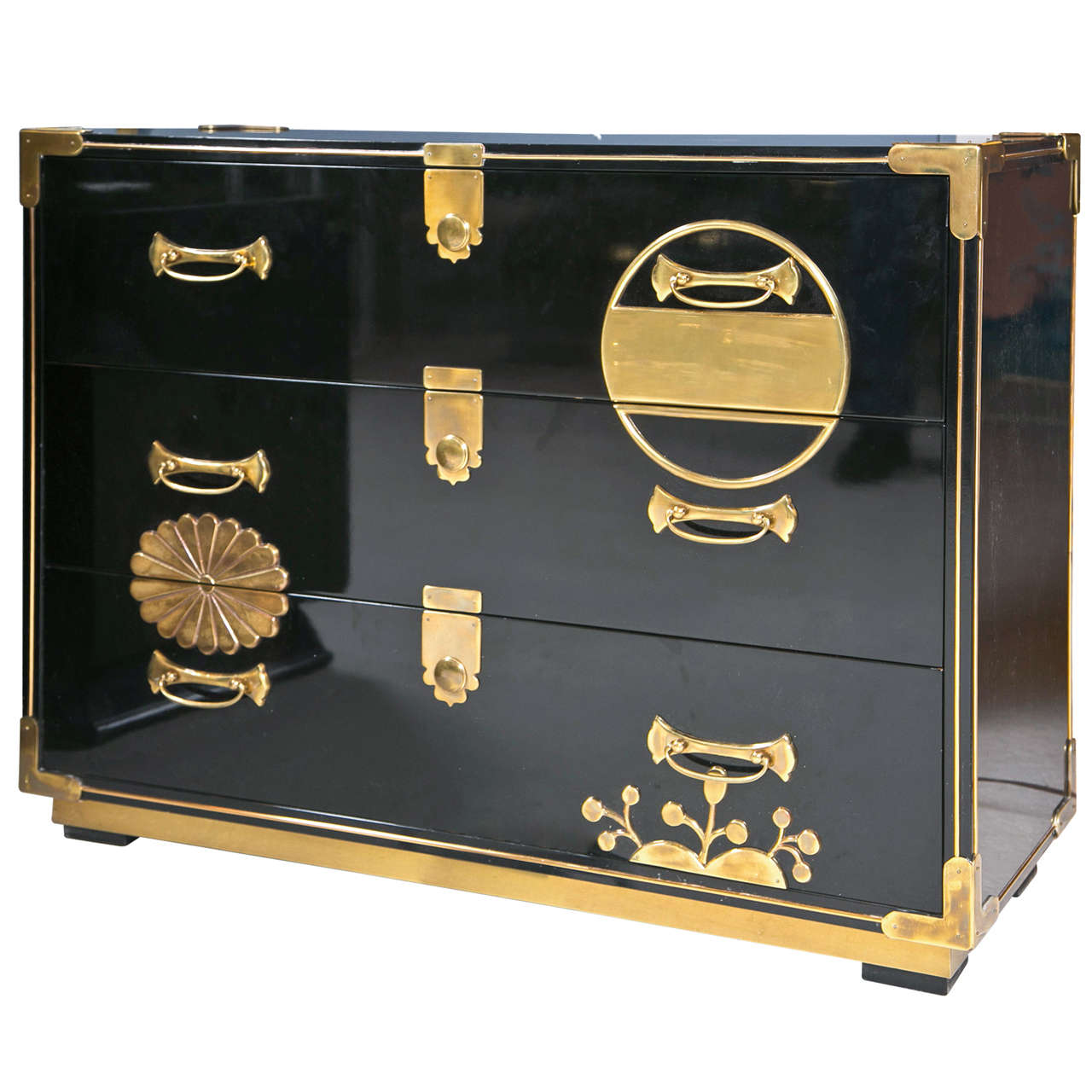 1970 39 s mastercraft lacquered asian inspired cabinet at 1stdibs for Asian inspired kitchen cabinets