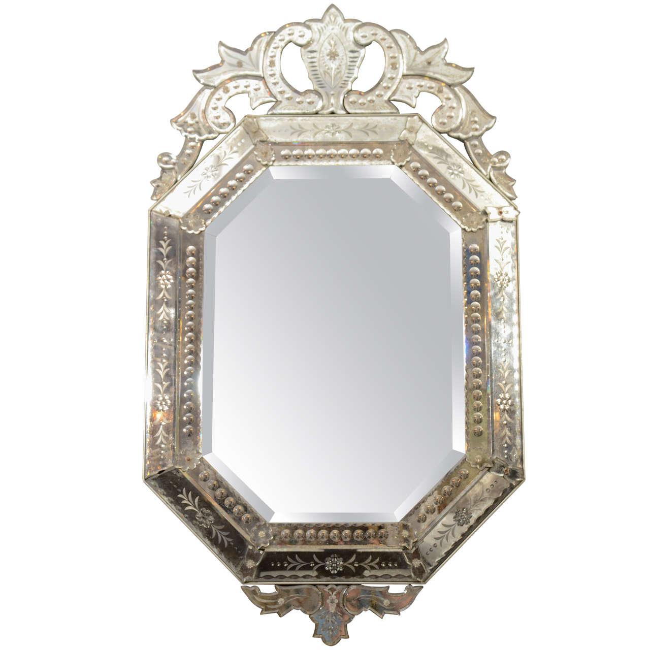 Vintage venetian mirror at 1stdibs for Vintage mirror