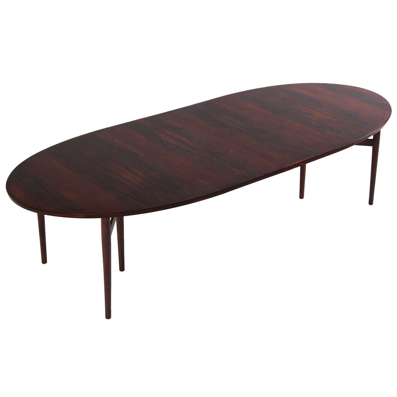 Large extendable oval arne vodder dining table in rosewood for Dining room tables large