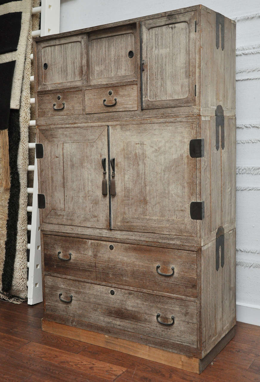 Pretty Japanese Tansu Chest at 1stdibs