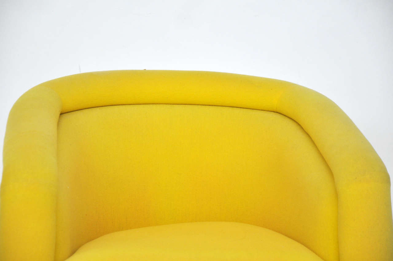 Pace Swivel Chair By Leon Rosen At 1stdibs
